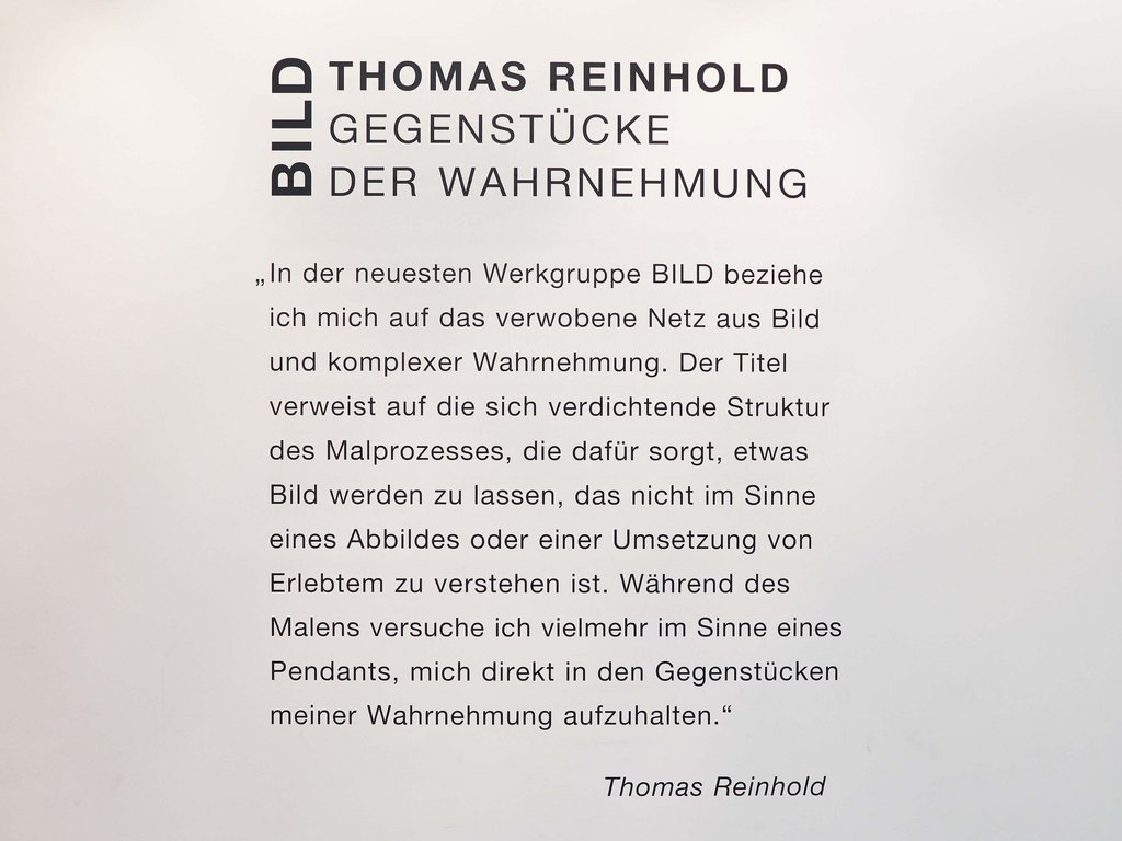 Vernissagenfoto Thomas Reinhold Wandtext